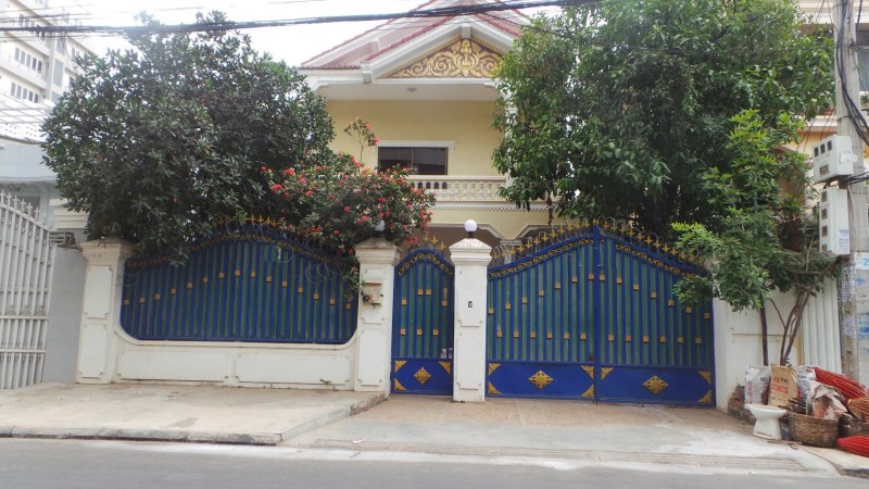 Nice villa for rent in Toul Kork
