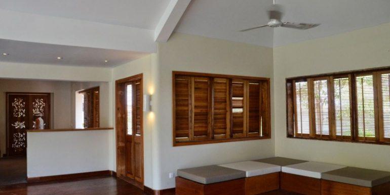 Luxury beautiful villa in Siem Reap for sale (1)