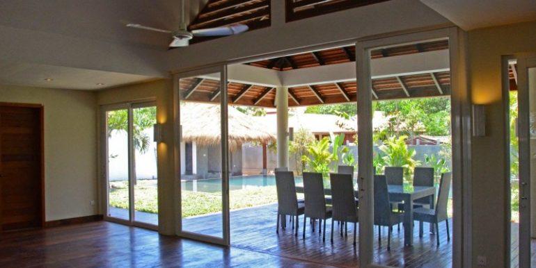 Luxury beautiful villa in Siem Reap for sale (2)