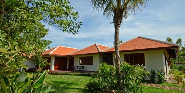 Luxury beautiful villa in Siem Reap for sale (4)