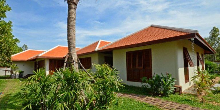 Luxury beautiful villa in Siem Reap for sale (5)