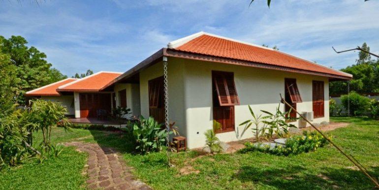 Luxury beautiful villa in Siem Reap for sale (6)