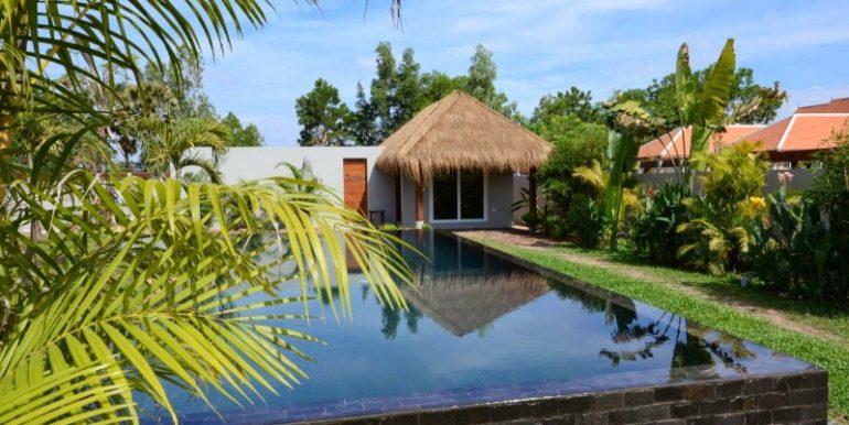 Luxury beautiful villa in Siem Reap for sale (9)