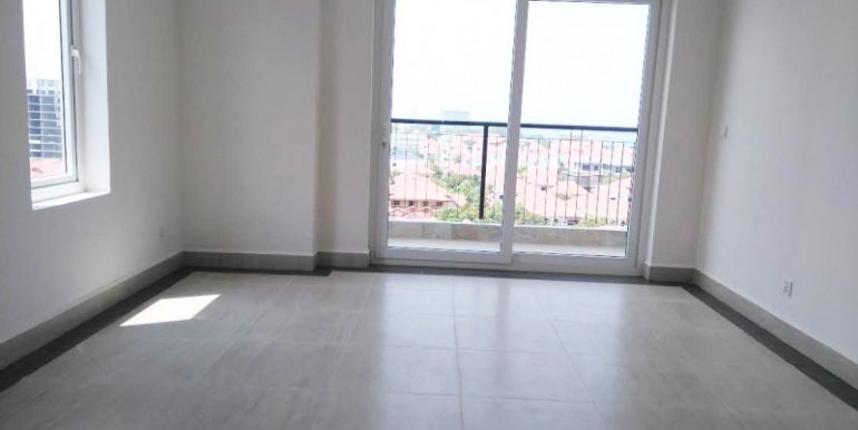 Brand new condo with river view and city (1)