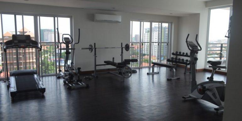 2-bedrooms-Apartment-for-rent-in-Boengkak-II Gym