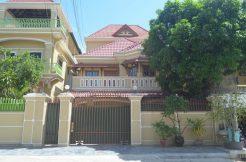 5 bedrooms Villa in Toul Kork for rent (3)