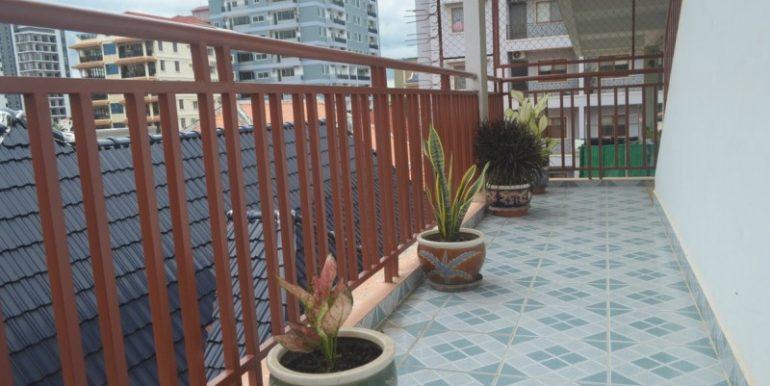 Resident-apartment-for-rent-in-BKK1-1-770x386.jpg (10)