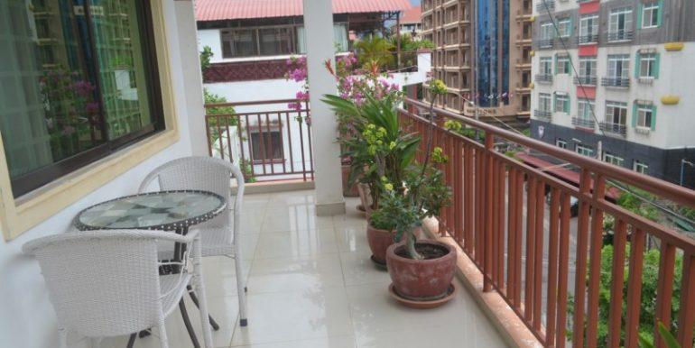 Resident-apartment-for-rent-in-BKK1-1-770x386.jpg (4)