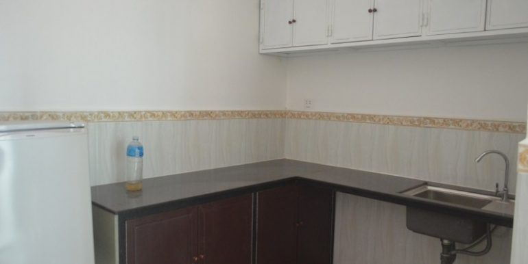 Apartment 250$ for rent in BKK3 (2)