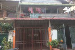 Ground floor of flat for rent in Chamkamon (1)