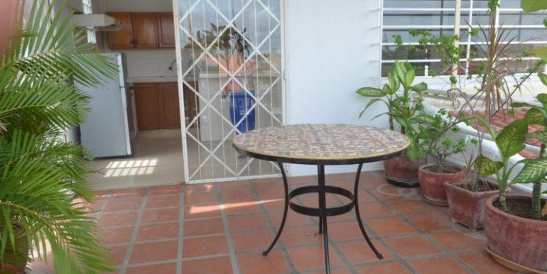 2 Bedrooms Apartment For Rent In Daun Penh (23)
