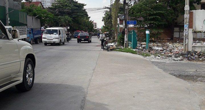 land for rent in toul tompung (2)