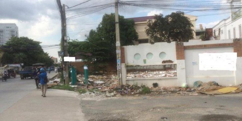 land for rent in toul tompung (3)