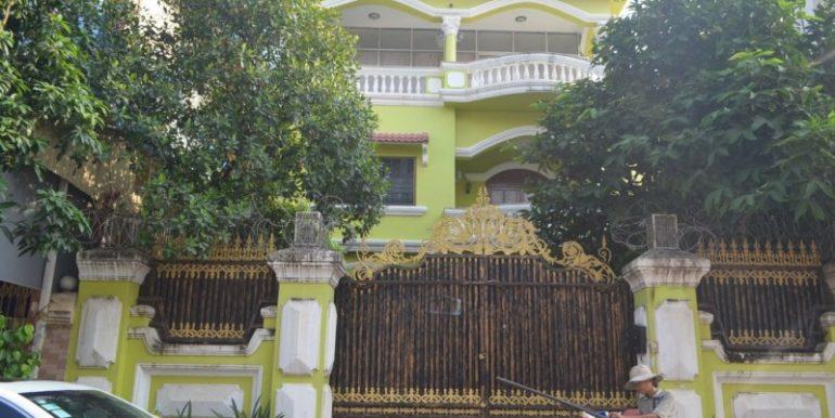 villa for rent (2)