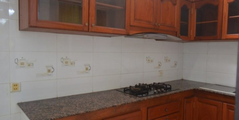 4 Bedrooms villa for rent (5)