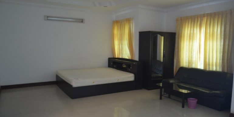 4 Bedrooms villa for rent (8)