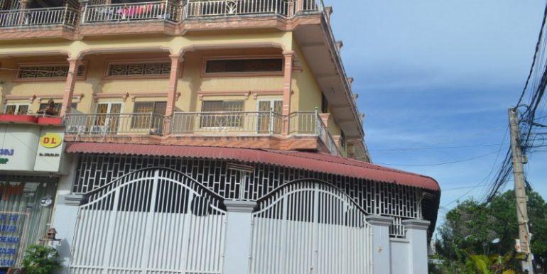 Corner house for rent in Toul kork (1)
