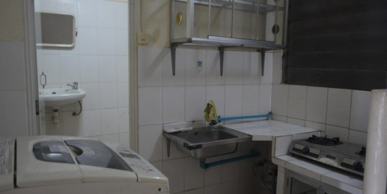 1bedroom apartment for rent on Reverside (4)