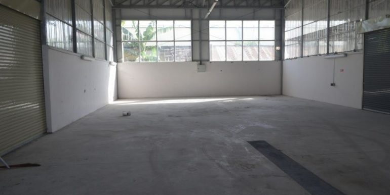 2000m2 Warehouse For Rent In Phnom Penh Thmey (11)