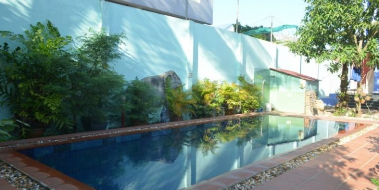 2Bedrooms with swimming pool For Rent In Boeung Tompun (1)