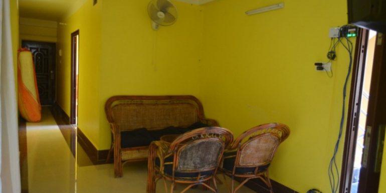 400$ 2Bedroom Apartment For Rent In Russian market (7)