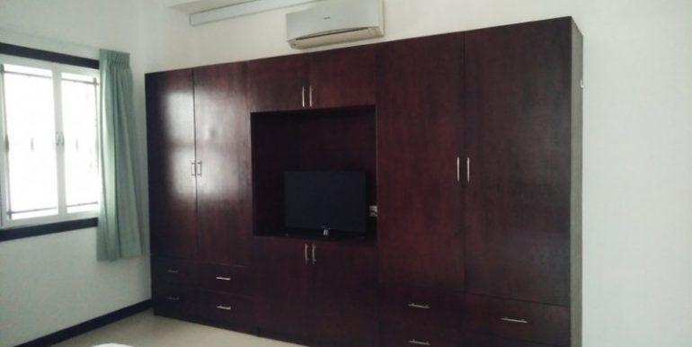 4Bedrooms Apartment For Rent In Tonlebasac (18)