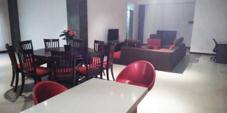 4Bedrooms Apartment For Rent In Tonlebasac (22)