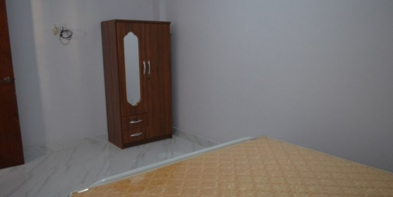 500$ 2Bedrooms Apartment For Rent In Russian market (3)