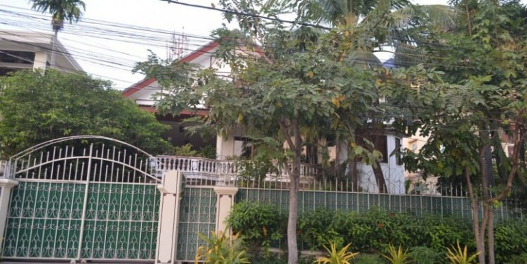 6 Bedrooms Villa For Sale In Toul Kork (1)