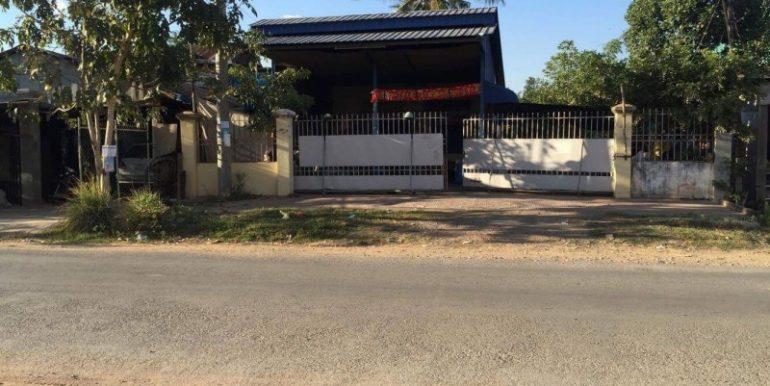 House & Land For Sale In Battambang (1)