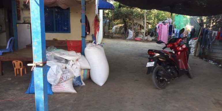 House & Land For Sale In Battambang (2)