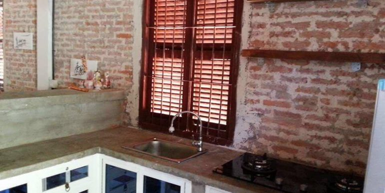Nice Renovated Apartment For sale In Daun Penh (13)