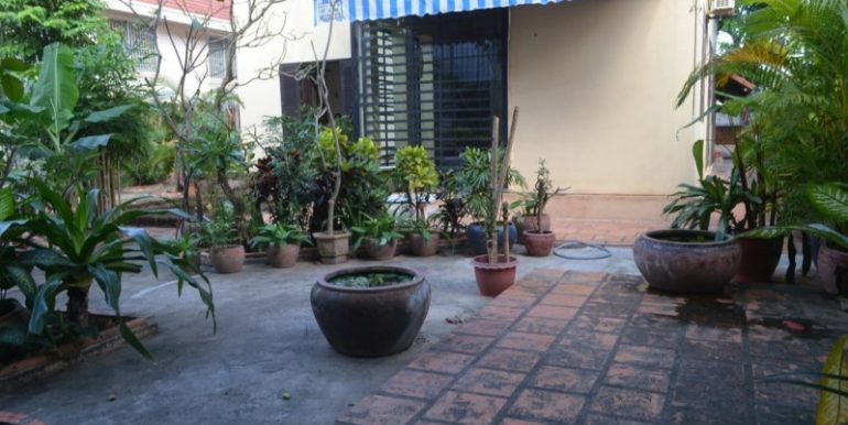 Villa For Rent or Sale In Boeung Tompun (6)
