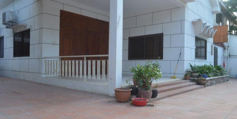 3Bedrooms Villa For Rent In BKK1 (11)