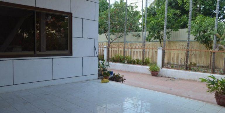 3Bedrooms Villa For Rent In BKK1 (15)