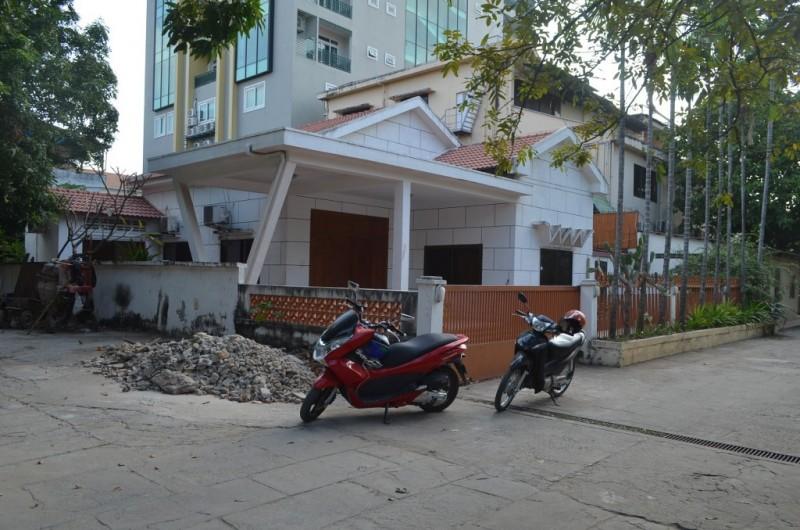 3Bedrooms Villa For Rent In BKK1