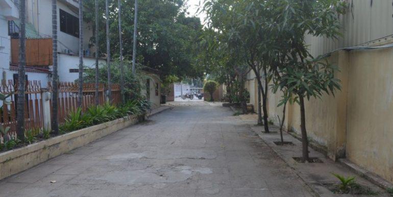 3Bedrooms Villa For Rent In BKK1 (5)
