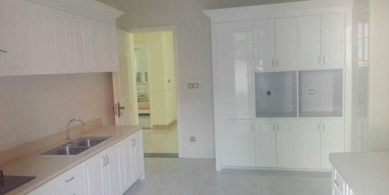 5Bedrooms Nice Villa For Rent In Tonlebasac (10)