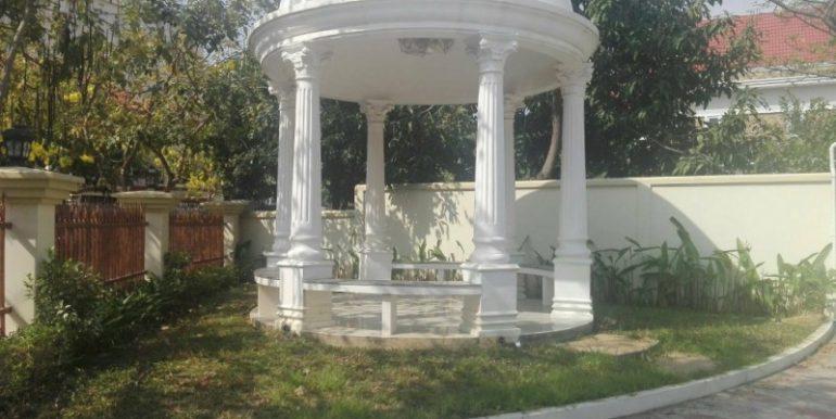 5Bedrooms Nice Villa For Rent In Tonlebasac (4)