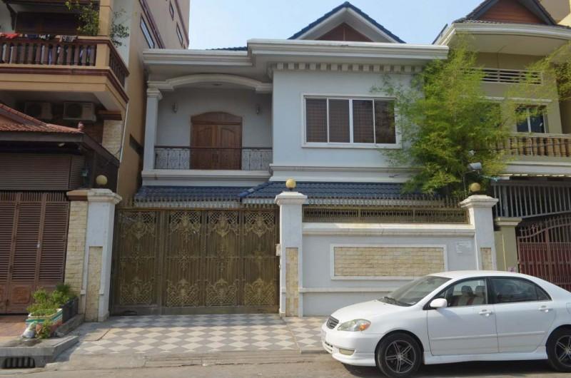 4Bedrooms Villa For Rent In Boeung kak 2