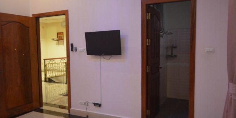 4Bedrooms Villa For Rent In Boeung kak 2 (16)