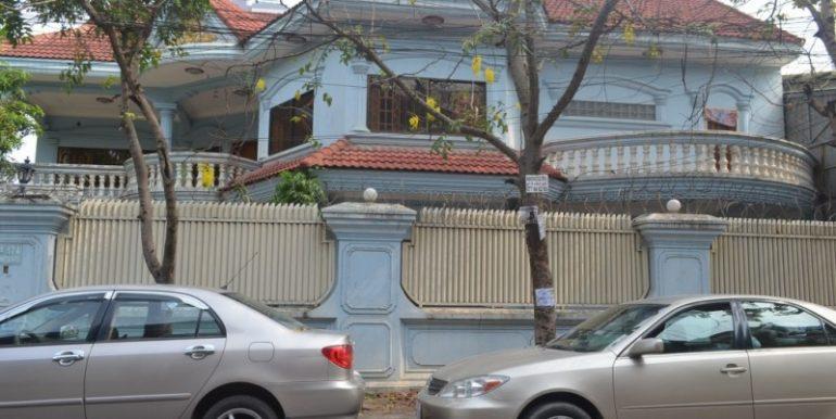 5Bedrooms Villa for Rent In Russian Market (1)
