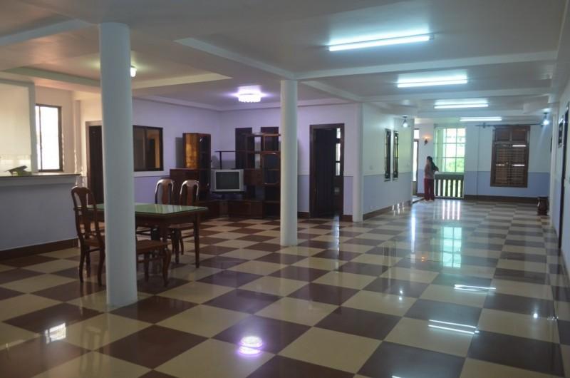 4 Bedrooms Apartment For Rent In Daun Penh