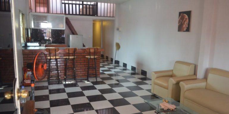 400$ 2Bedrooms Apartment For Rent In Daun Penh (1)