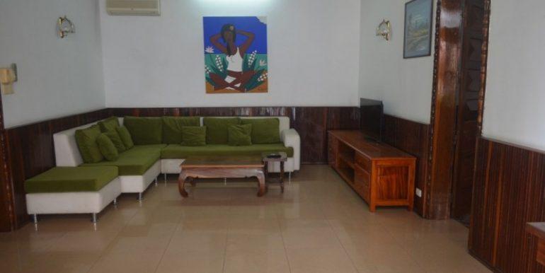Nice 2Bedroom Apartment For Rent In Daun Penh (4)