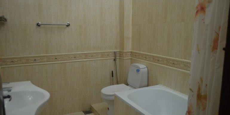 Nice 2Bedroom Apartment For Rent In Daun Penh (5)