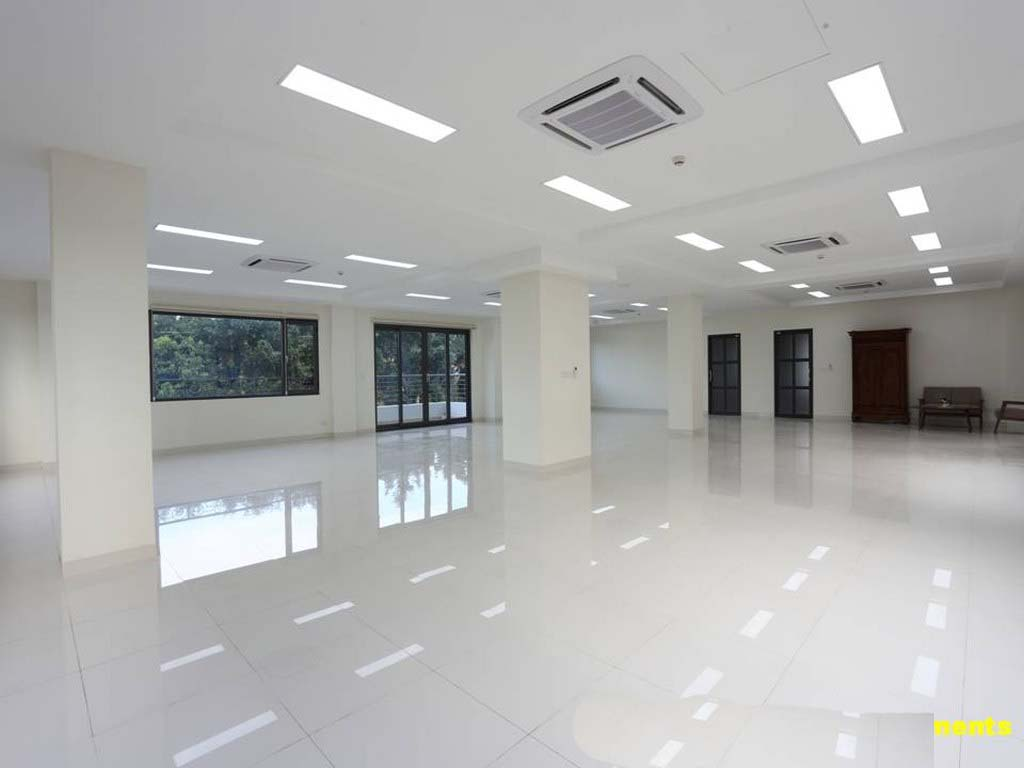 170sqm Office space For Rent In Chroy changva