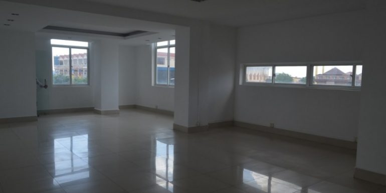 Office Space For Rent In Toek Thla On Main Road (3)
