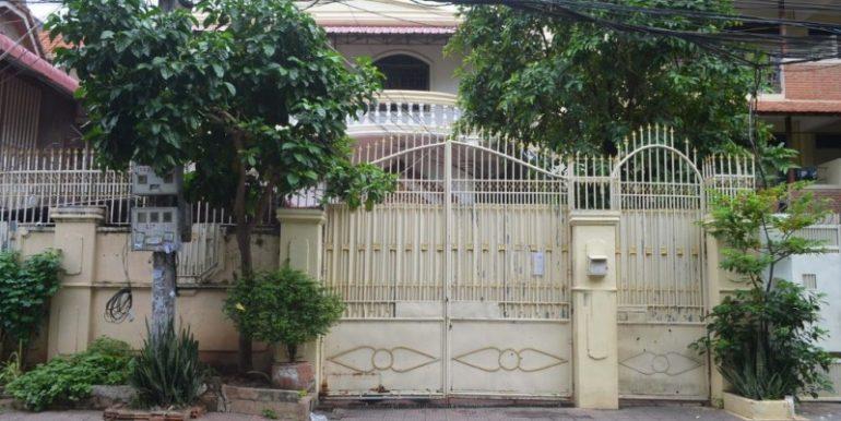 6Bedrooms Villa For Sale In BKK1 (1)