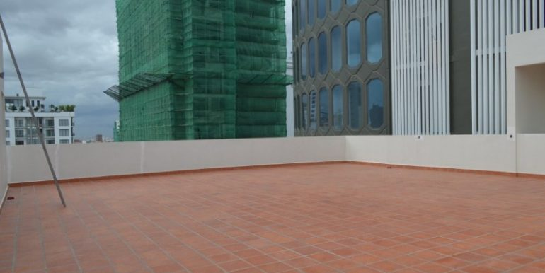 Commercial Building For Rent or Sale In BKK1 (4)